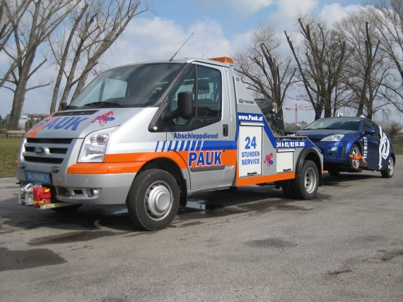 Abschleppdienst Wien Pauk Ford Transit