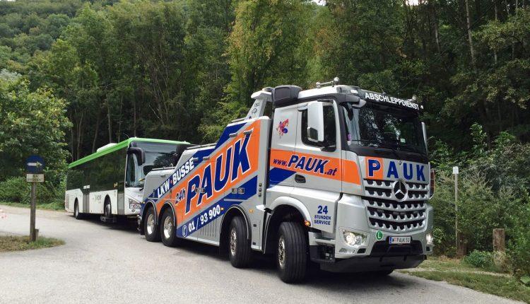 Abschleppdienst PAUK LKW Busse – Gergung Wien Niederösterreich