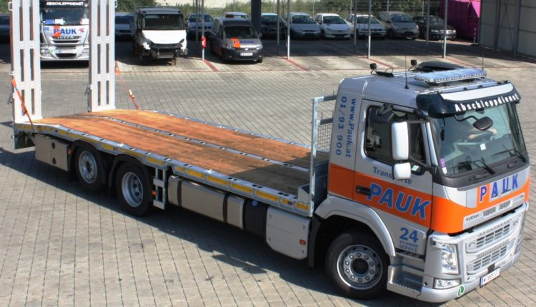 baumaschinentransporte_PAUK_Volvo_2019