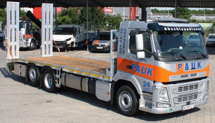 baumaschinentransporte_PAUK_Volvo_2019_06